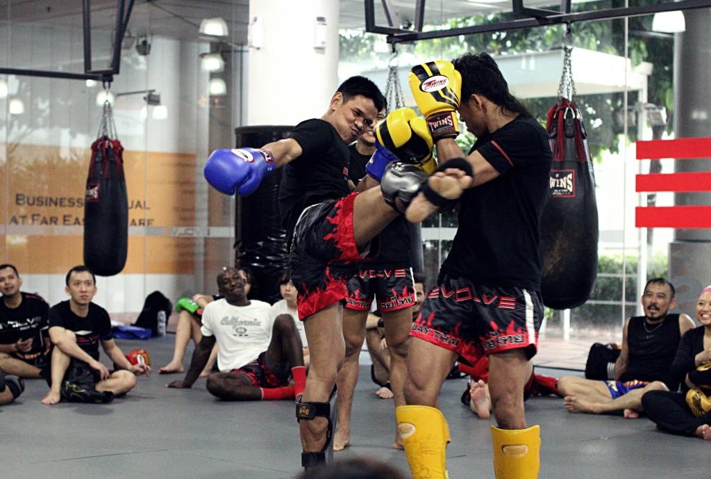دفاع شخصی در موی تای